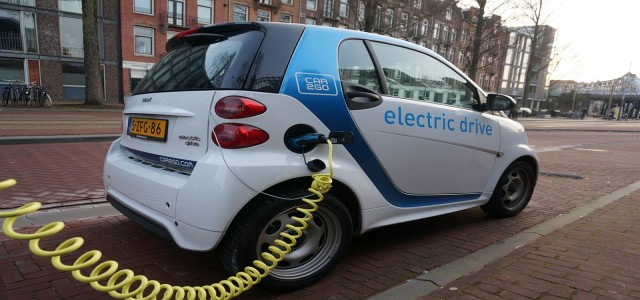 Magnis Energy and Charge CCCV unveil innovative EV battery technology